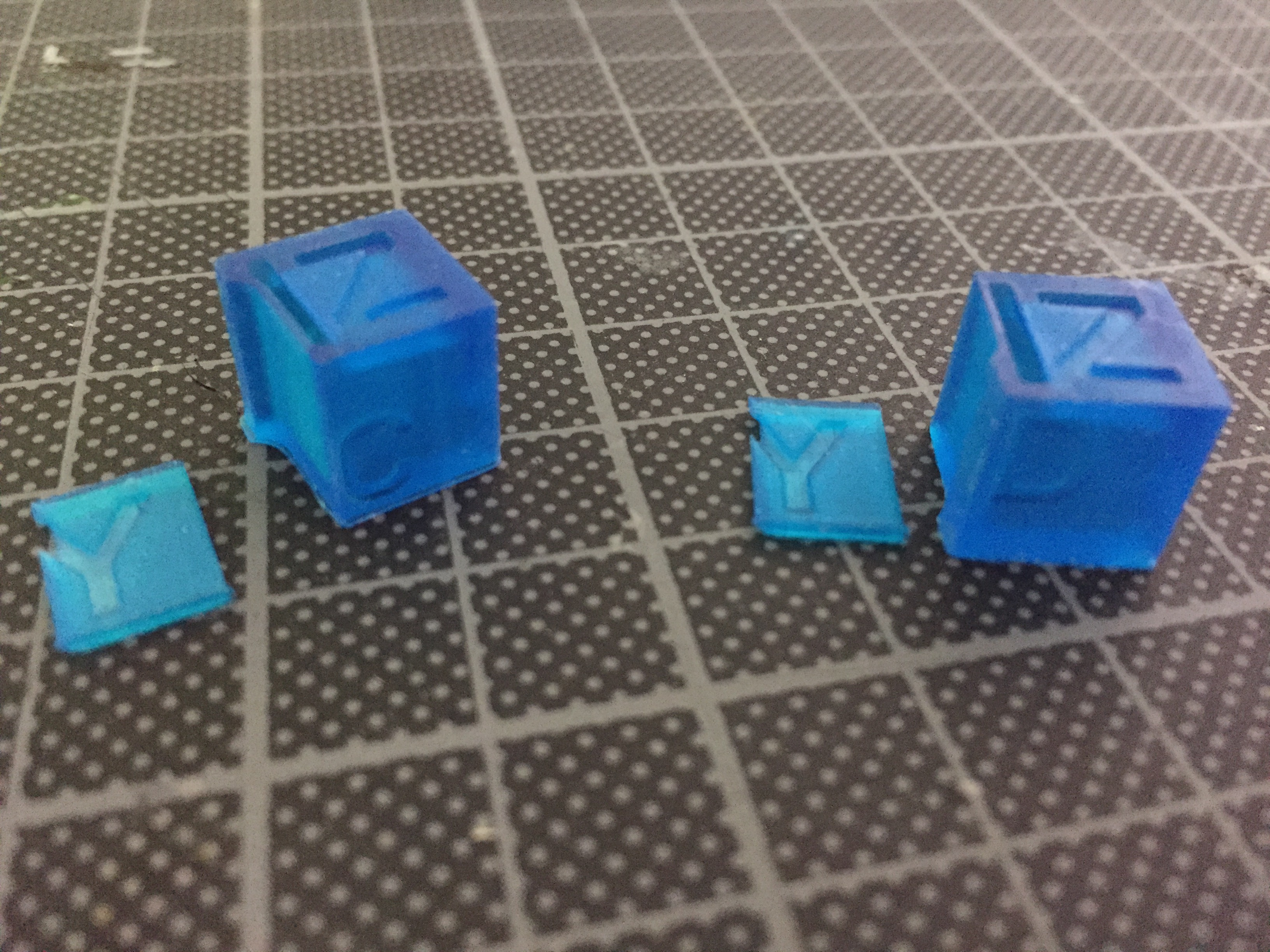 Split Cubes in ABCD Print with FEP vat and Easy to Level Buildplate